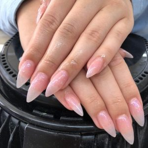 lovely-nails-bar-kingston-pointed-acrylic-nail-extensions-3