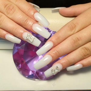 lovely-nails-bar-kingston-square-acrylic-nail-extensions-with-brand-logo-design-1
