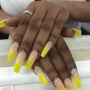 lovely-nails-bar-kingston-square-acrylic-nail-extensions-with-yellow-colour-ombre-design-2