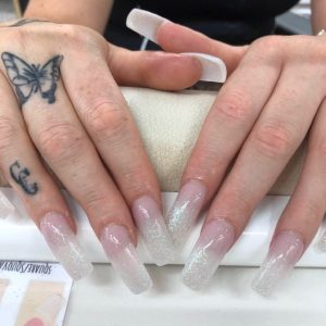 lovely-nails-bar-kingston-square-nail-extensions-with-sparkling-glitter-design